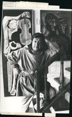 Oswaldo Guayasamín (July 6, 1919 – March 10, 1999) was an Ecuadorian master painter and sculptor of Quechua and Mestizo heritage.