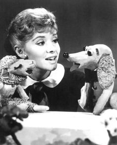 Ventriloquist, puppeteer, children's entertainer and television show host. Shari first appeared on the Captain Kangaroo show in March of 1956 with Lamb Chop. My Childhood Memories, Great Memories, 1980s Childhood, Shari Lewis, Old Shows, 60s Tv Shows, Vintage Tv, Vintage Photos, Hush Puppies