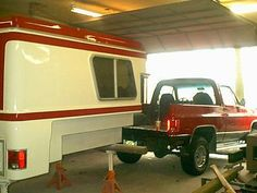 Chinook RV had a contract with GM in the to produce a fiberglass camper for the short wheelbase Blazer. The package was sold as the Chevy. Chevrolet 4x4, Chevy Silverado, Silverado 1500, Chevy Blazer K5, K5 Blazer, Truck Bed Camper, Truck Camping, Lifted Ford Trucks, Chevy Trucks