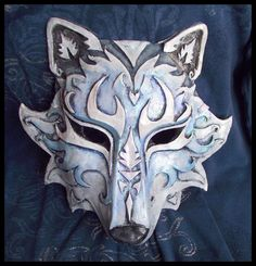 inspired Kindred Wolf Mask League of Legends Lol cosplay Larp, Mascara Anime, Wolf Maske, Lobo Anime, Costume Venitien, Paper Mache Mask, Ceramic Mask, Leather Mask, Venetian Masks