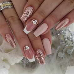 89 Bestes Design für Hochzeitsnägel 2019 Page 30 – Nageldesigns, You can collect images you discovered organize them, add your own ideas to your collections and share with other people. Cute Acrylic Nails, Cute Nails, Pretty Nails, Gel Nails, Dark Nails, Nail Nail, Nail Art With Glitter, Glitter Wedding Nails, Nail Designs With Glitter