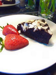 Ez a csoda cukor, liszt nélkül készül, mégsem lehet abbahagyni. Ha te is a diétád közepén vagy, de vágysz valami üdítőre- akkor ez a Te sütid lesz! Healthy Sweets, Healthy Recipes, Sweet Life, Fitness Diet, Muffin, Paleo, Food And Drink, Gluten Free, Pudding