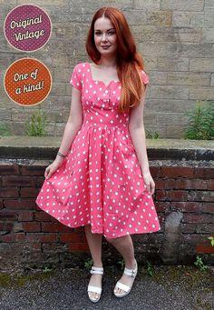 Original 1950s Vintage Pink Diamond Print Swing Dress by MyVintage