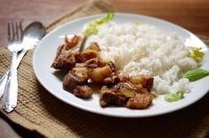 http://thehungrygiant.net/2013/02/02/vietnamese-style-caramelized-pork-belly/#