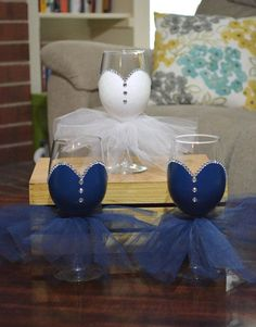 This set of 7 (6 bridesmaids and 1 bride) hand painted wine glasses (12 oz) with tulle skirt are sure to be a hit at any bridal shower,