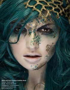Mermaid makeup. I like the placings of the scales- how they're scattered not just one piece ~Koa-Koa Mae
