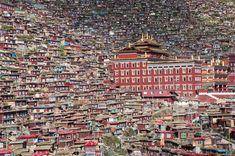Larung, Tibet