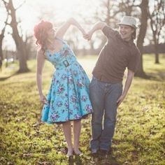 I so love Jen and Ben's engagement shoot, carefree, fun and light filled images which i am sure they are going to treasure forever.