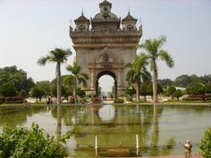 Patuxai in #Laos, built at the end of the grand Lang Xang Avenue in the heart of the Vientiane city