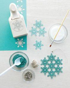 Blue glitter snowflakes DIY