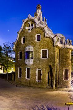 La casa museo de Gaudí en el Parc Güell. Digna de visitarse, sobre todo para ver los magníficos muebles que diseñó.