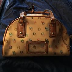Dooney & Bourke small handbag Barley used - medium/small classic with the DB design Dooney & Bourke Bags Mini Bags