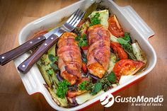 If you are on a low carbs, or no carbs diet, then this bacon wrapped chicken dish could be for you. And also for all of you that love chicken. High Carb Diet, Low Carbohydrate Diet, Best Weight Loss Foods, Healthy Recipes For Weight Loss, Healthy Vegetarian Diet, Weight Loss Eating Plan, Losing Weight, Bacon Wrapped Chicken, Calorie Intake