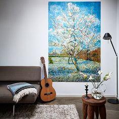 Zoals vele andere kunstwerken van Van Gogh is ook deze gemaakt in het Franse Arles. Het landschap in Arles en vooral de kleuren hierin inspireerde de schilder om zijn penseel te pakken. Laat je creativiteit gaan en ontwerp je eigen IXXI!