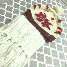 Winter bundle White scarf and off white Hollister hat- the ball on the top of the cap is barely hanging on Hollister Accessories