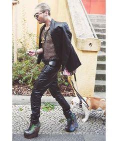 BILL KAULITZ walk walk fashion baby  . amzn.to/1DX9DDz  ✿