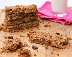 Homemade and totally healthy granola bars – lose the sugar and artificial ingredients! | pipandebby.com