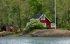 Summer cottage - There are some 188,000 lakes in Finland, almost all have summer cottages beside them. Finns love nature, and they love the peace and quiet by their lakes, visiting their cottages most weekends in summer - and especially during the holiday month of July.