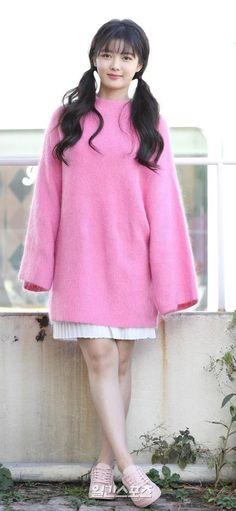 Post with 3661 views. Child Actresses, Korean Actresses, Girl Actors, Kim Yoo Jung Park Bo Gum, Kim Joo Jung, Girl Senior Pictures, Chinese Actress, Our Girl, Asian Fashion