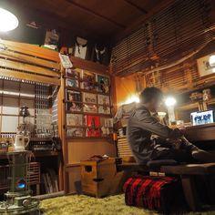 男性で、、家族住まいのアンティーク/後藤照明/照明/ストーブ/出窓ディスプレイ/障子リメイク…などについてのインテリア実例を紹介。「6畳カッフェ。押入れ改造して僕だけの喫茶店。」(この写真は 2016-02-27 19:50:13 に共有されました)