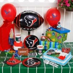 Football season and Birthdays only come once a year. For Houston Texans Fans, that can be a real treat with the latest in party decorations.  There...