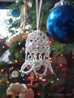 Free Tatting Pattern - Tatted Christmas Bell!