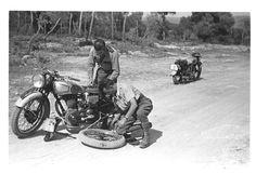 Escuela motorizada : Enseñanza y motoristas formados (entre 1936 y 1939) - Finezas Spanish, Motorcycle, War, Vehicles, Motorcycles, School, Spanish Language, Car, Spain
