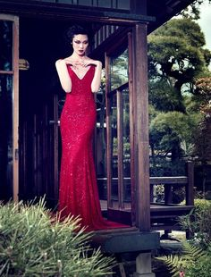 Possibly the most perfect red dress I've ever seen...