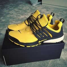 Worth the wait. Mens Fashion Shoes, Sneakers Fashion, Casual Sneakers, Shoes Sneakers, Sneakers Nike Jordan, Nike Clothes Mens, Nike Shoes For Boys, Nike Gear, Fly Shoes