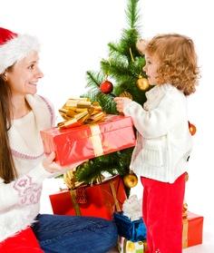 Antes de comprar un regalo esta Navidad, te recomendamos reflexionar acerca de cómo su utilización repercute al medio ambiente.  ¡Tomemos conciencia!