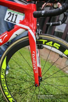 f347c2702 19 mag 2016 - Ha esordito al Giro d Italia con Filippo Pozzato la nuova  Wilier…