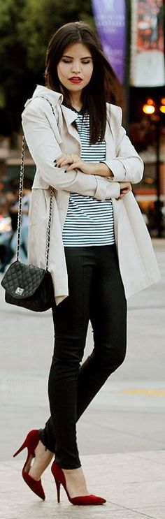 trench + striped shirt + crimson pumps + tiny chanel