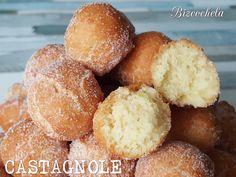 Pues si el otro día me fui a galicia con las FILLOAS , hoy me voy hasta Italia, y os presento el CASTAGNOLE, otro dulce típico de las fech...