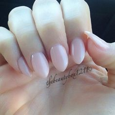 Wearable stiletto nails #stilettonails Wuthout the crazy witch look. I like this!