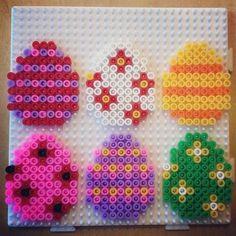 Easter eggs hama beads by josefine_helena Fuse Bead Patterns, Perler Patterns, Craft Patterns, Beading Patterns, Hama Beads Design, Fusion Beads, Melting Beads, Perler Bead Art, Pearler Beads