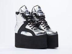Buffalo X Solestruck 1350-10A2 platform silver sneakers in Spechio Plata Texas Negro at Solestruck.com