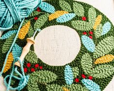 Punch Needle Embroidery Pattern for Christmas Holiday Wreath Punch Needle Patterns, Embroidery Patterns Free, Print Patterns, Christmas Punch, Christmas Holidays, Christmas Ideas, Merry Christmas, Christmas Decorations, Knitting Supplies