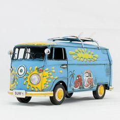 modeling - vetulus - Bus Deluxe 1967 Con Tavole Da Surf