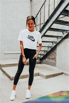 Maternity Workout Clothes - Do You Own It?. There are many accessories you can wear when you work out. In fact, even very long time sports practitione... Summer Workout Outfits, Workout Attire, Womens Workout Outfits, Cute Summer Outfits, Fitness Outfits, Fitness Gear, Summer Clothes, Fall Outfits, Athleisure Outfits