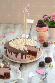Schoko-Erdbeer Torte Valentinstag Rezept + Foodstyling hopefray