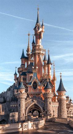 Disney Phone Wallpaper, Cartoon Wallpaper, Paris Wallpaper Iphone, Disney Aesthetic, Travel Aesthetic, Aesthetic Pastel Wallpaper, Aesthetic Wallpapers, Cute Wallpapers, Wallpaper Backgrounds