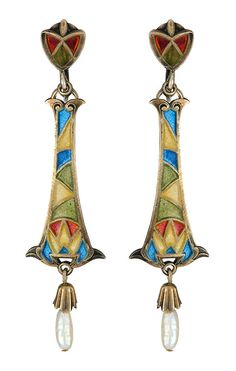 ART DECO, CIRCA 1920, PLIQUE A JOUR ,SILVER GILT EARRINGS WITH DROPS OF MISSISSIPPI PEARLS.  CURRENTLY WITH SCREW FITTINGS. JUST BEAUTIFUL. LENGTH 5CMS