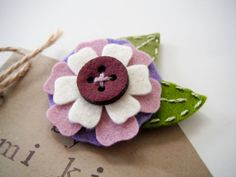 Felt flower hair clip by Miki by MikiStitch on Etsy, $5.50
