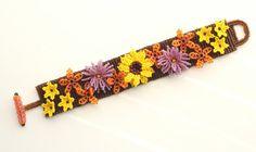 Summer Flower Bracelet by RoseBluBeads on Etsy