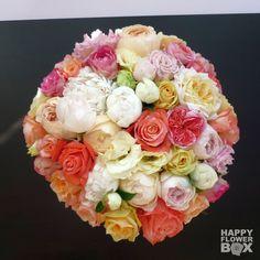 Как ты думаешь, сколько тут цветочков? А сколько сортов роз использовано?:)))