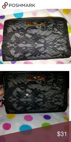Make up bag Lacey black Victoria secret make up bag PINK Victoria's Secret Bags Cosmetic Bags & Cases