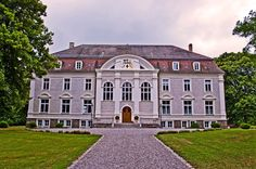 Panoramio - Photo of Schloß Zinzow