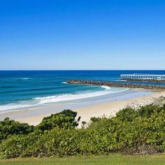 We hope to see you at our open today #duranbah #snapperrocks #exclusivelisting #thebeacons #richardcarterrealty #milliondollarlistings #rainbowbay #forsale #luxuryproperties #gorgeouslocations  We are today at 1.00pm - 1.30pm  NSW time The Beacons.  2/1 Tweed Terrace.  Tweed Heads. by richard_carter_realty