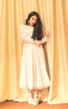 cr: 떡볶이, jieuninus Iu Fashion, Korean Fashion, Fashion Outfits, Girl Photo Poses, Girl Poses, Bae Suzy, Yoona, Snsd, Girls Generation
