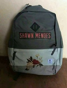 I need thisss! Mendes 98, Mendes Army, Shawn Mendes Tattoos, Shawn Mendes Merch, Shawn Mendes Lieder, Shawn Mendes Signature, Cameron Dallas, Magcon, Herschel Heritage Backpack